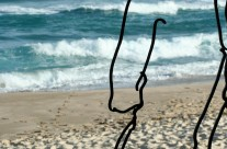 Wire Statues 02